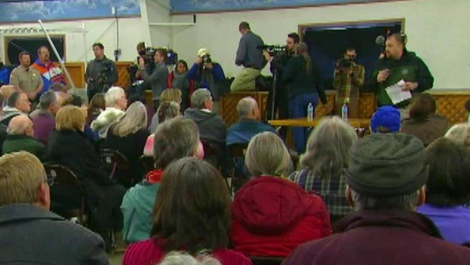 Four holdouts remain at Oregon wildlife refuge