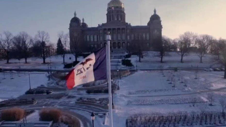 How do the Iowa caucuses actually work?