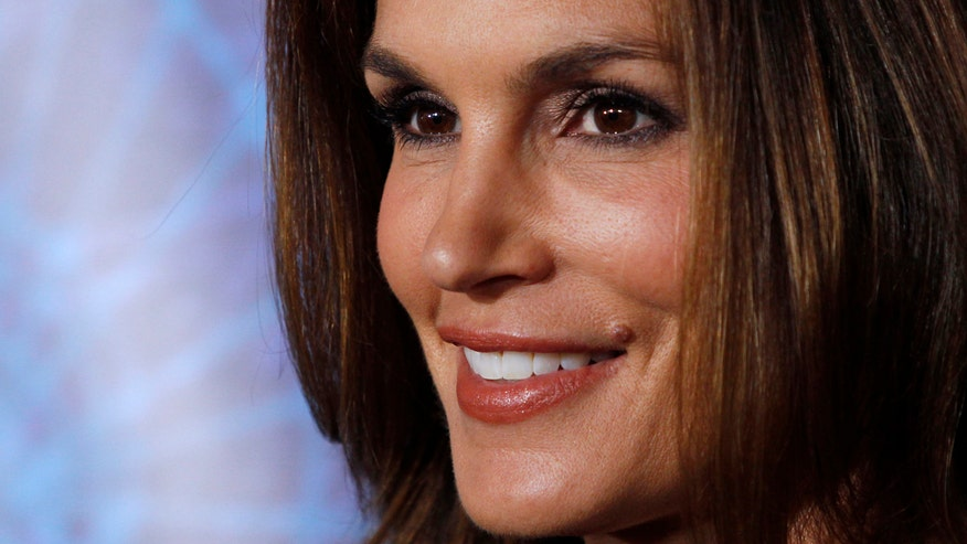 Fox411: Cindy Crawford announces retirement from modeling, says, 'I can't keep reinventing myself'