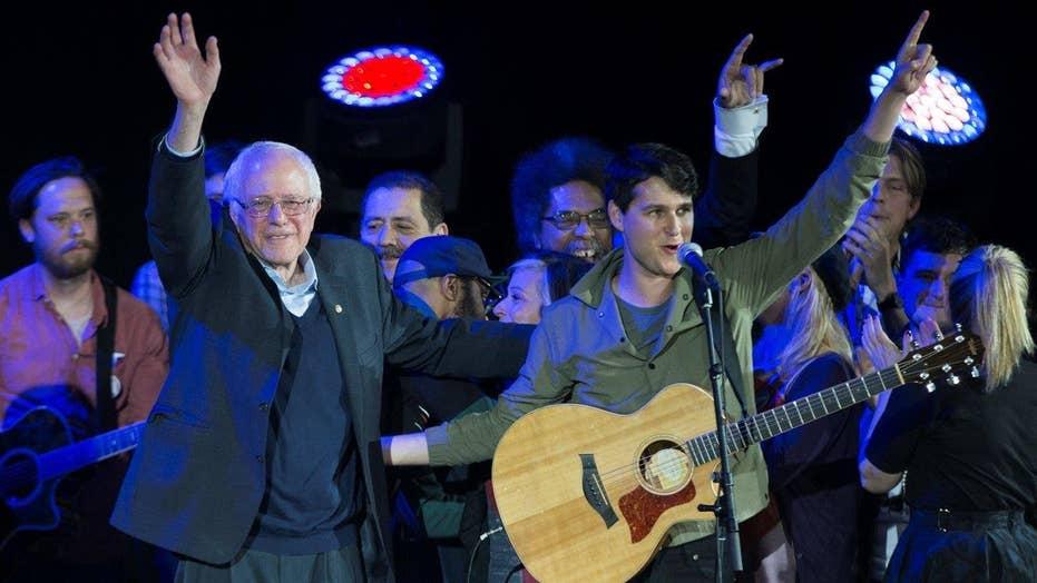 Hollywood sings for Sanders