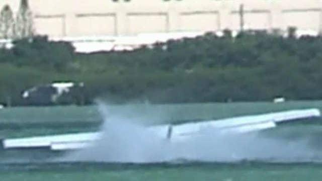 Plane makes emergency landing in Hawaiian lagoon