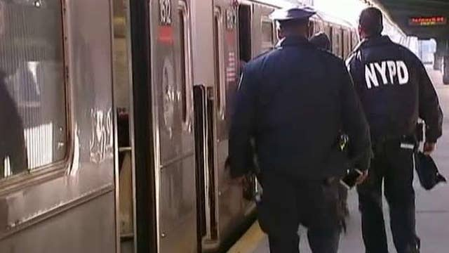 Man cut in face while waiting for subway