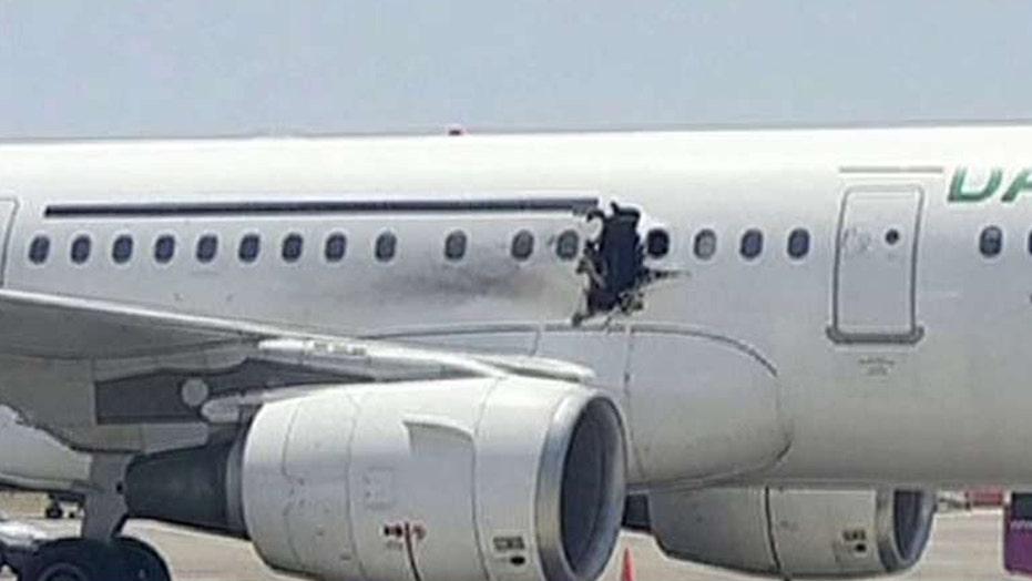 US officials believe bomb caused Somalia plane explosion