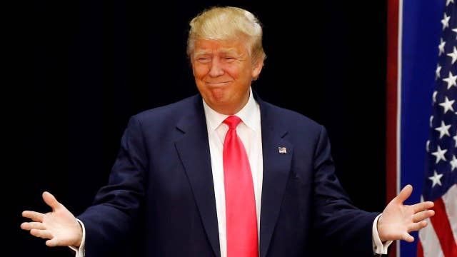 Donald Trump reacts to post Iowa polls, Democratic debate