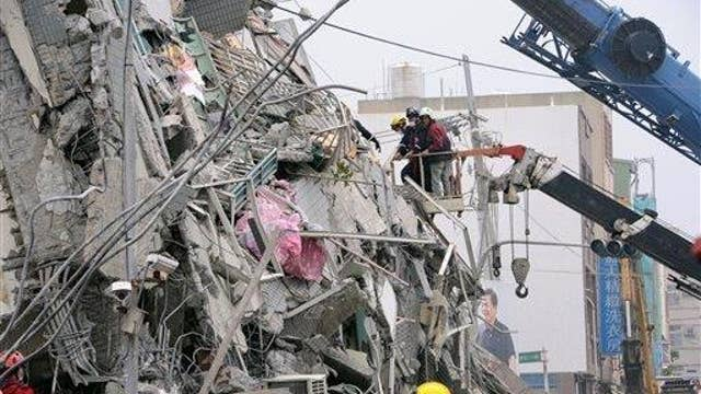 Rescuers search for survivors after deadly Taiwan earthquake