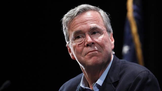 Undecided shoppers are giving Jeb Bush a second look