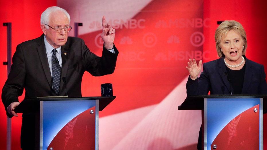 Clinton, Sanders prepare to face off in Democratic debate