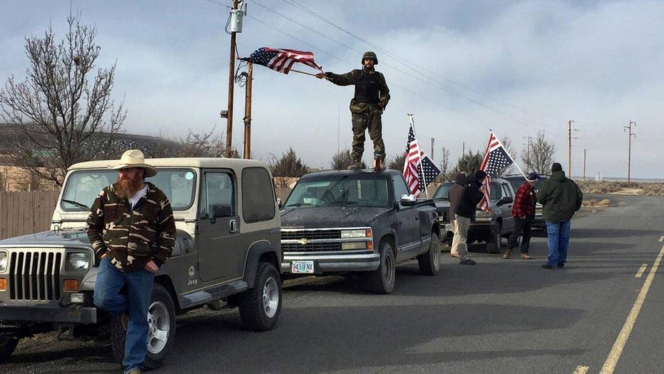 Final holdouts surrender in Oregon refuge standoff