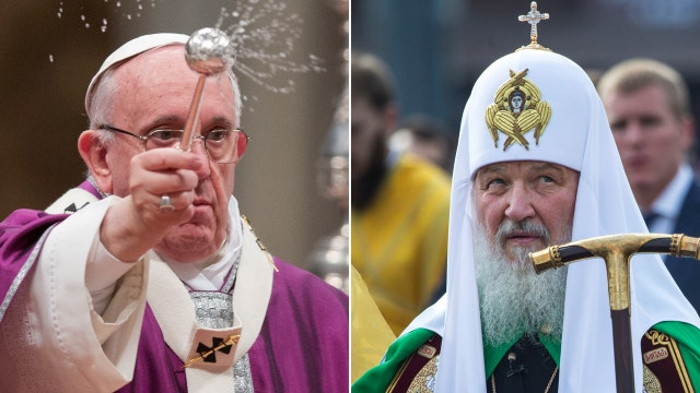Historic meeting between Pope Francis, Russian patriarch