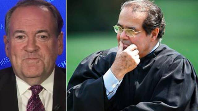 Huckabee: Scalia was the gold standard for SCOTUS justices