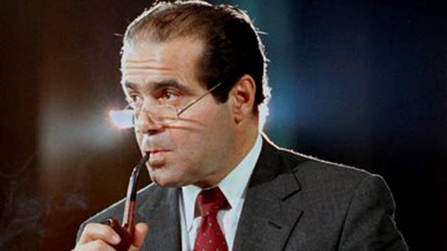 Battle lines drawn over replacement for Justice Scalia