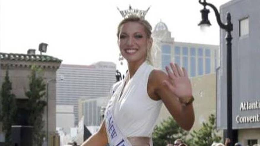2014 Miss America contestant Cara McCollum hit tree after spinning off highway
