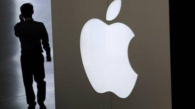 Apple refuses to work with FBI on terror investigation