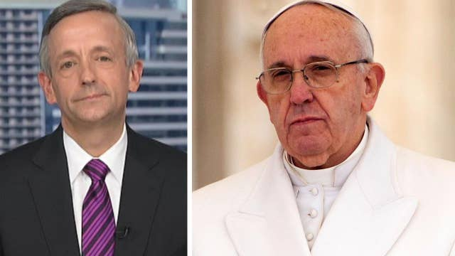 Jeffress: Pope has problem with US immigration policy