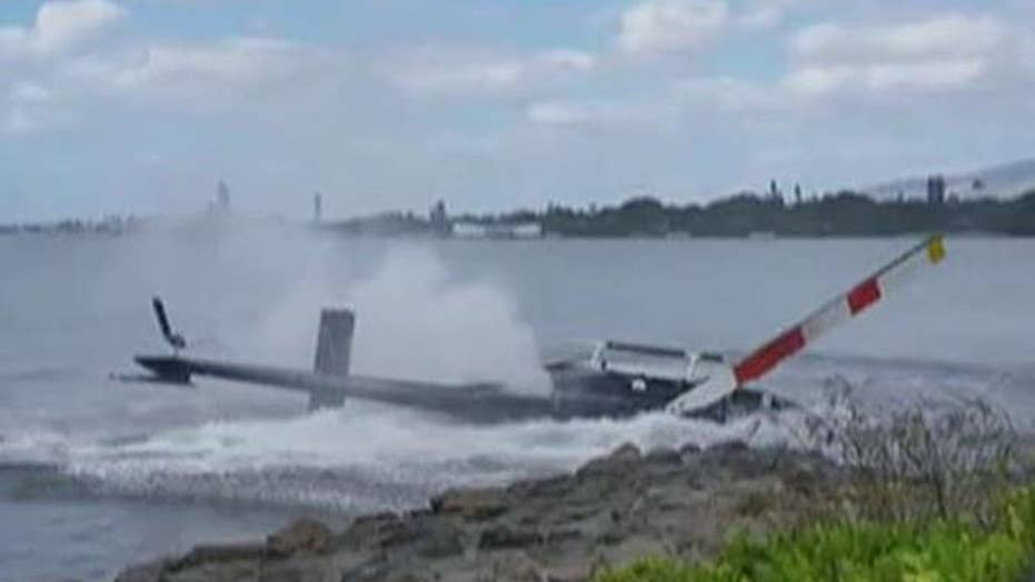 Tourists watch horrific helicopter crash near Pearl Harbor