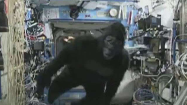 'Apes' in space! Scott Kelly goes bananas on ISS