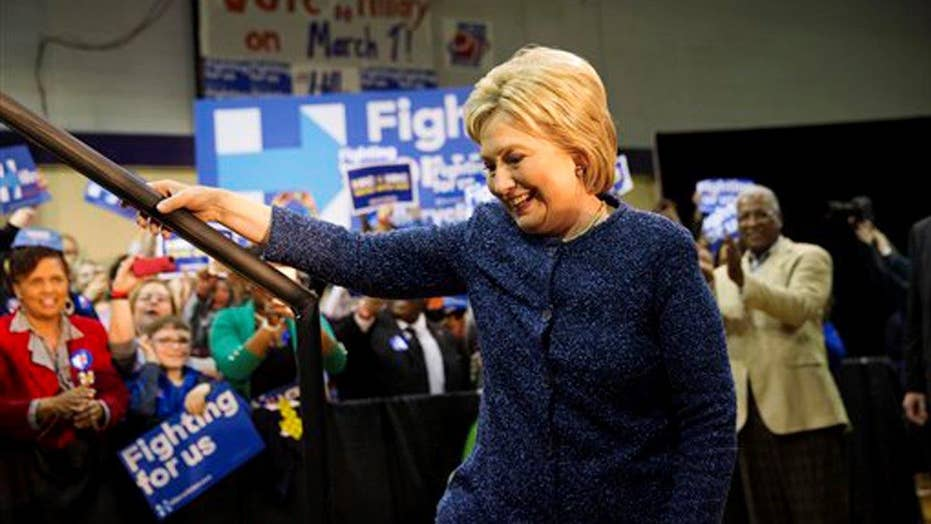 Hillary Clinton wins South Carolina Democratic primary