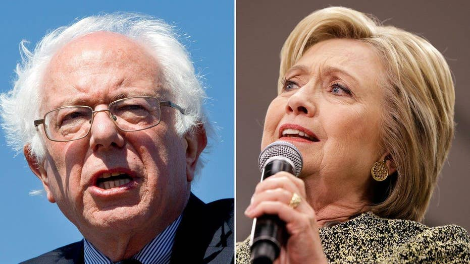 Clinton, Sanders make final pitches ahead of Super Tuesday