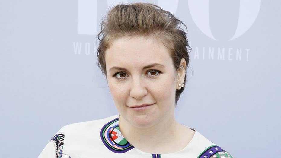 Lena Dunham: Photoshopped or not?