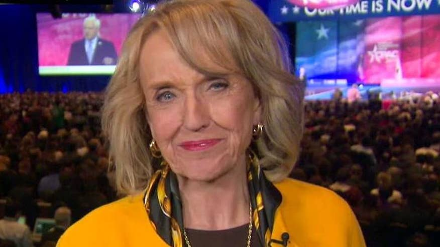 Former Arizona governor explains why she is backing Donald Trump