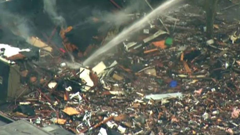 Crews working to shut off gas in Seattle after explosion
