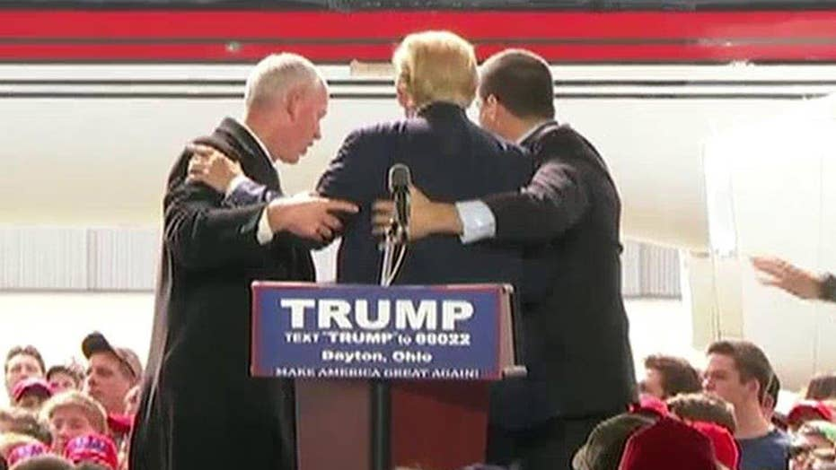 Trump protester escorted out of Ohio rally