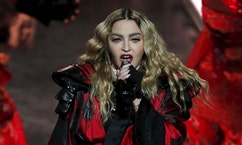 Fox 411: Madonna speaks out against rumors she was high or drunk during performance