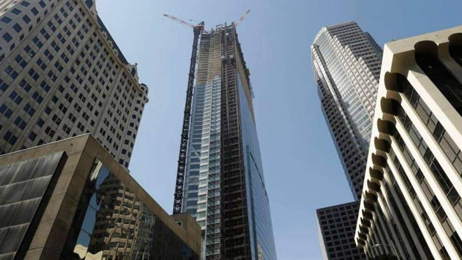 Worker falls 800 feet to his death from unfinished high-rise
