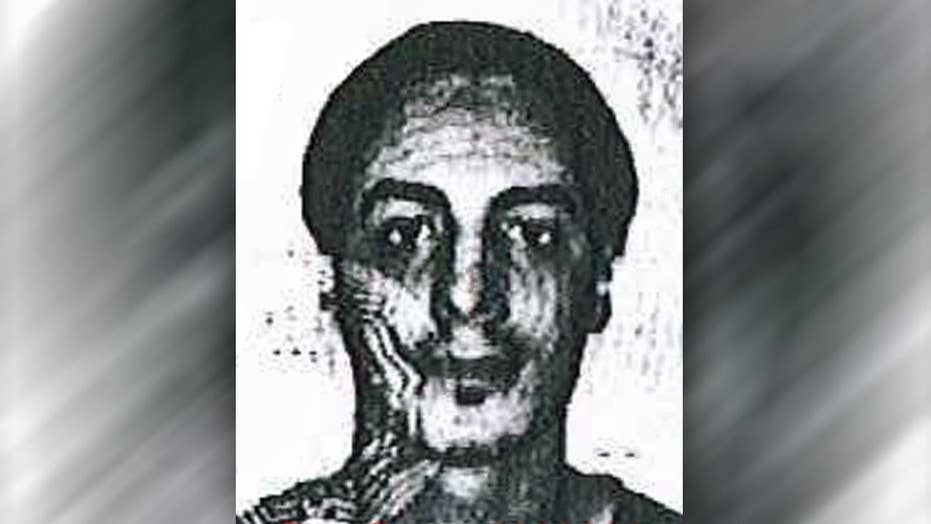 Manhunt under way for other Paris attack suspects