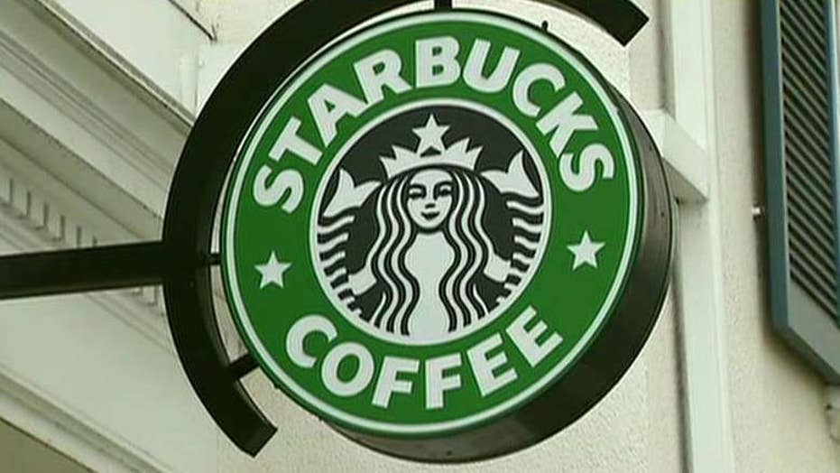 Starbucks announces prepaid loyalty rewards card
