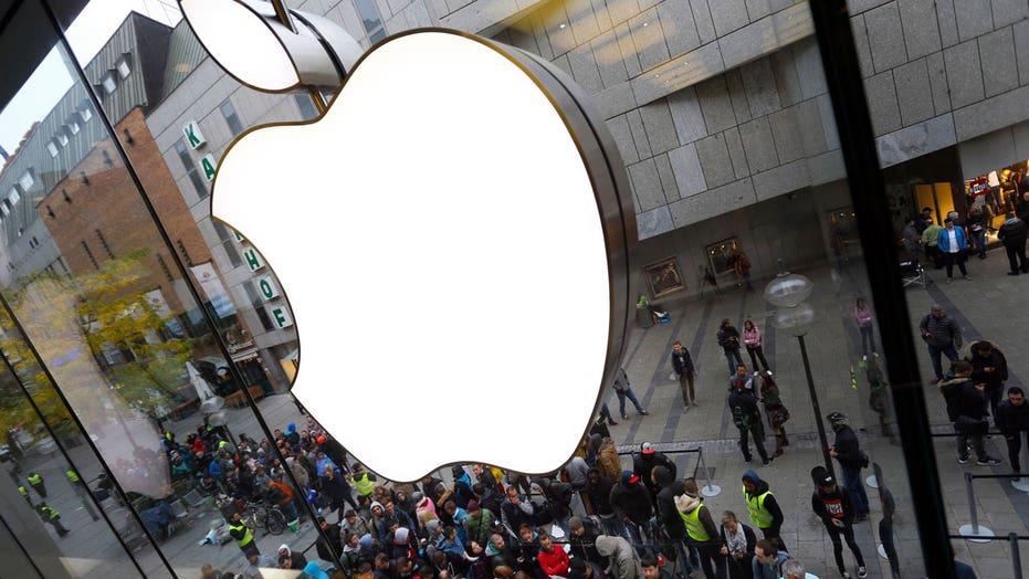 Napolitano: Ferocity of FBI vs. Apple a 'head scratcher'