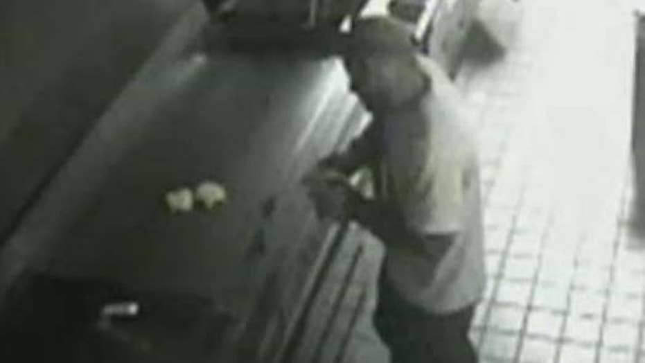 Man makes himself a snack after breaking into burger joint
