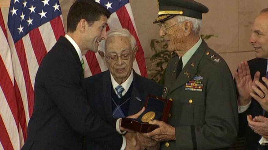 Lawmakers award the Congressional Gold Medal to the veterans of the 65th Infantry Regiment from Puerto Rico