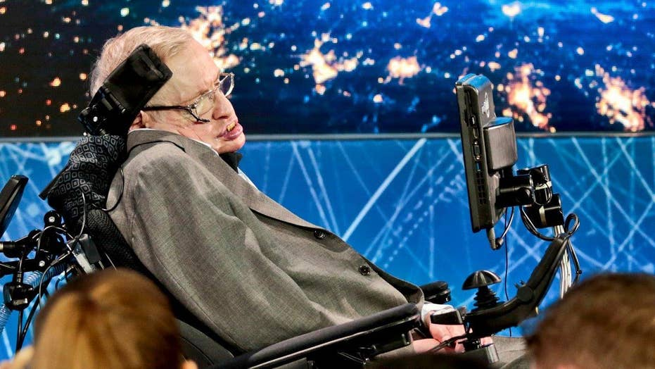 Stephen Hawking joins new bid to find life in outer space