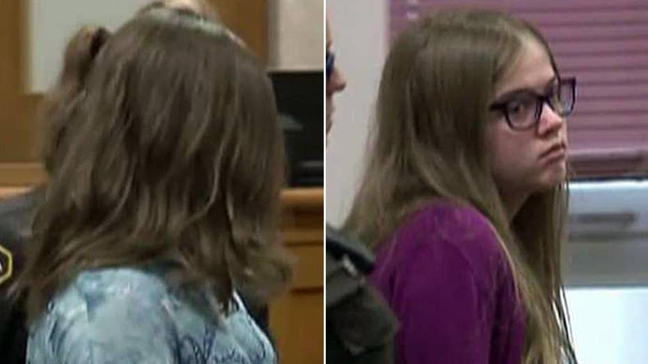 Girls accused in Slender Man stabbing case seek release