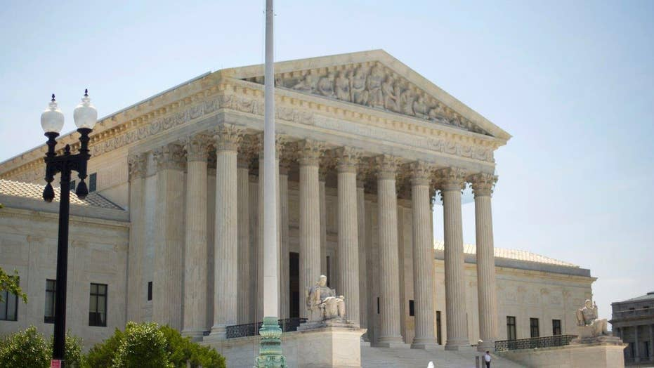 Supreme Court hears executive actions on immigration case