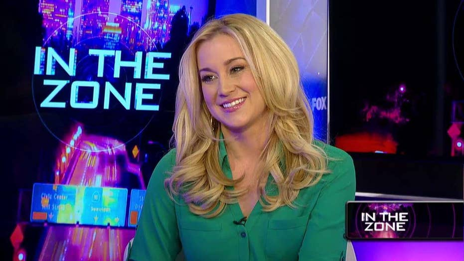 Kellie Pickler on Taylor Swift: 'I'm not part of any squad'