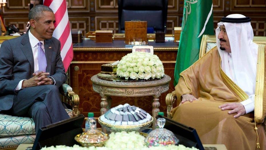 Obama arrives in Saudi Arabia for talks with King Salman