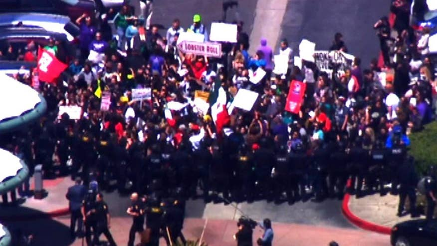 Protesters mob hotel near San Francisco International Airport