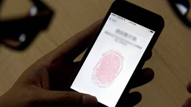 Judge orders woman to use fingerprint to unlock iPhone