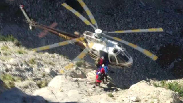 Chopper pilot expertly averts disaster when rotor hits rope