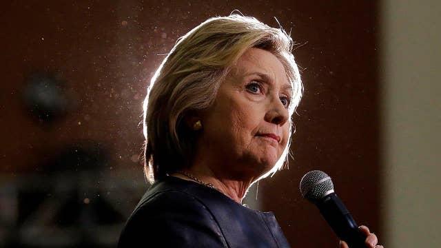 Concerns over lack of memos between Clinton, top IT staffer
