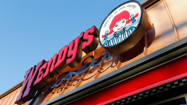 Wendy's to add self-service kiosks in response to wage hikes