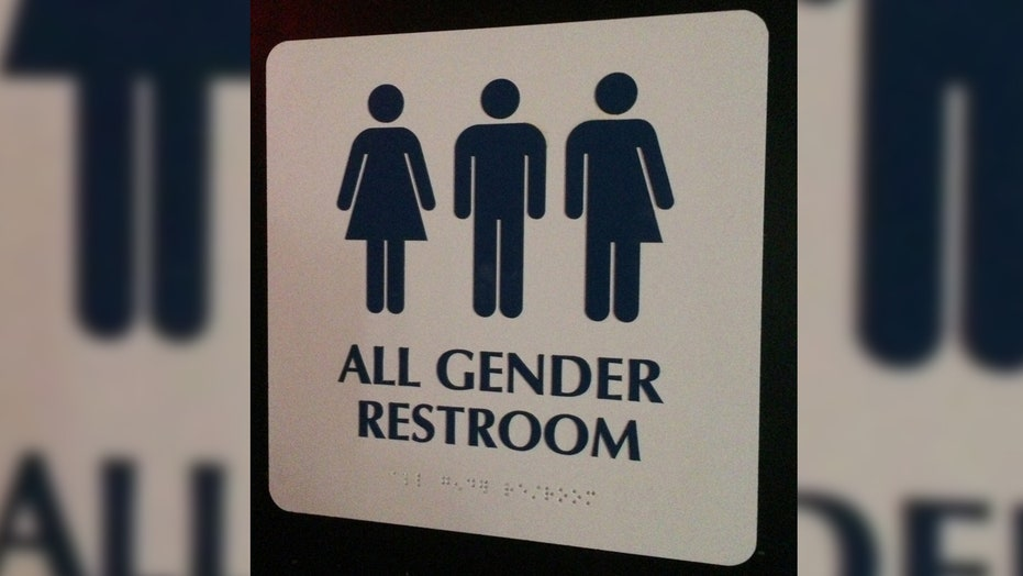 Conservatives push back on Obama school bathroom directive