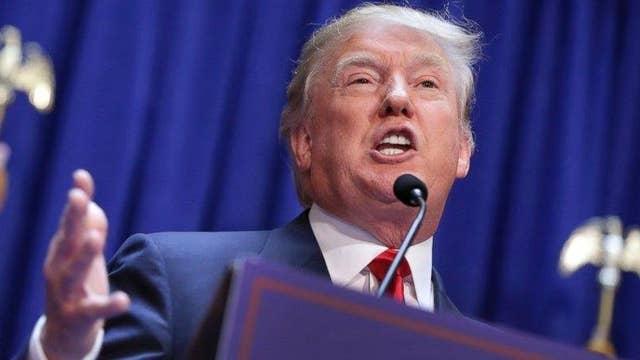Does Donald Trump have a mainstream media problem?