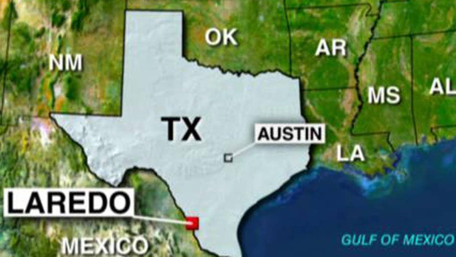 At least 8 people killed in Texas bus crash