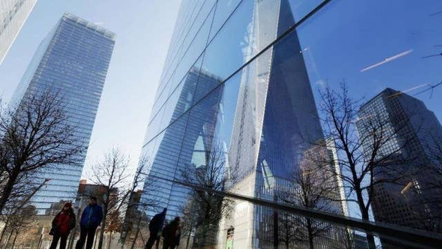 Teams race to the top of One World Trade to benefit vets