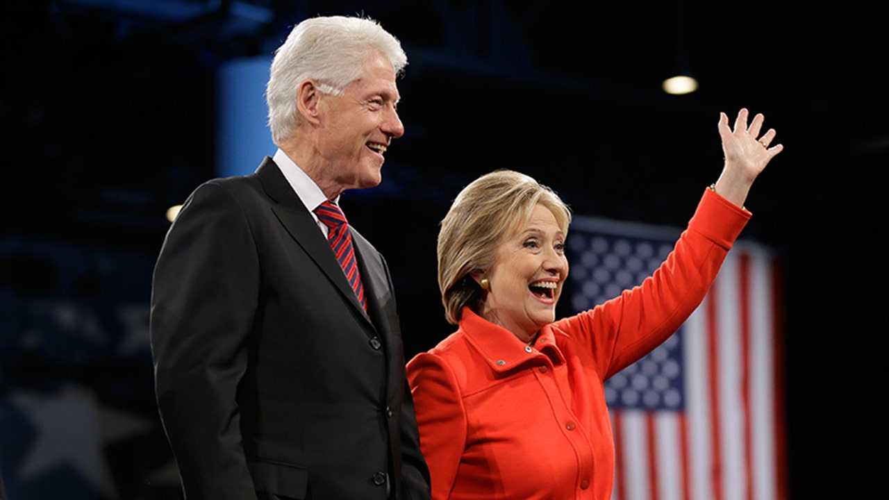 Wikileaks clinton aides scramble to address alleged Bill clinton address chappaqua