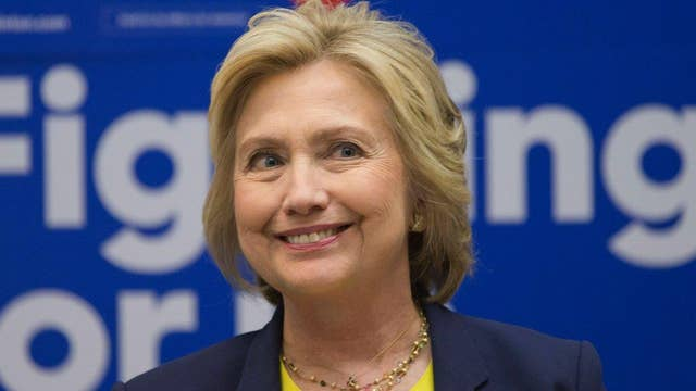 Report: Clinton seeks VP who appeals to Sanders supporters