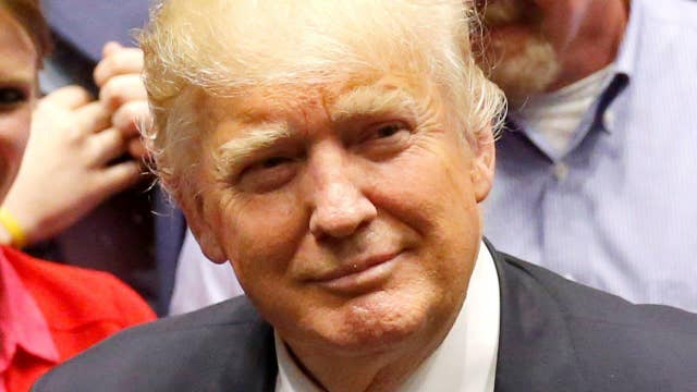 Is it time for Donald Trump to welcome super PAC money?